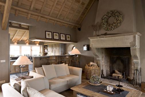 Bourgondisch kruis realisations living room for Landelijk interieur voorbeelden